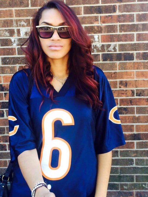 Chelby is wearing Chicago bears