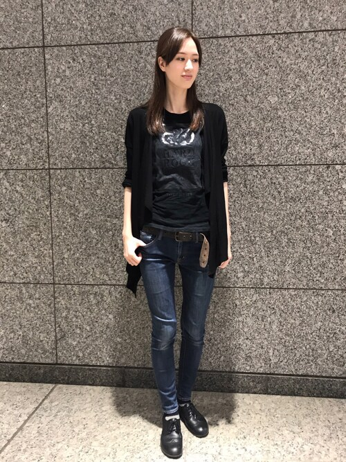 Hard Rock Cafe JAPANさんの「Couture Snake Skin T(Hard Rock Cafe)」を使ったコーディネート