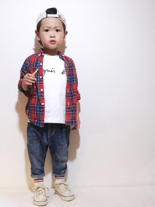 KISA / SANAさんのTシャツ/カットソー「S137 E TS ロゴTシャツ(agnes b. アニエスベー)」を使ったコーディネート