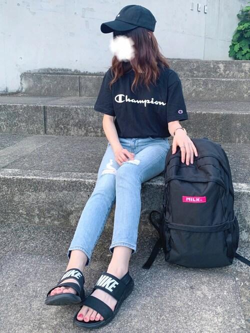 彩茶ラテさんの「【Champion】胸元ロゴ半袖クルーネックTシャツ(Champion)」を使ったコーディネート