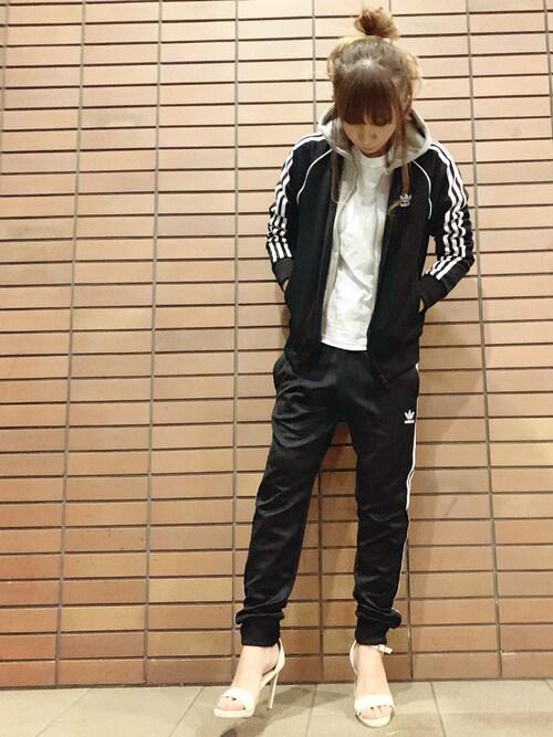 misaさんのその他アウター「adidas アディダス M SST TRACKTOP トラックトップ BLK(adidas|アディダス)」を使ったコーディネート