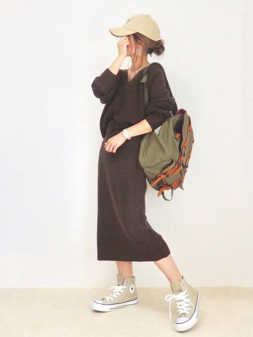emaさんの「Vネックカーディガン×ベルトタイトスカートセット(fifth)」を使ったコーディネート