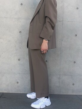 搭配【Reebok】RUN R96 CN4606的時尚穿搭總