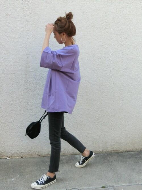 パーブルTシャツ 黒スキニー