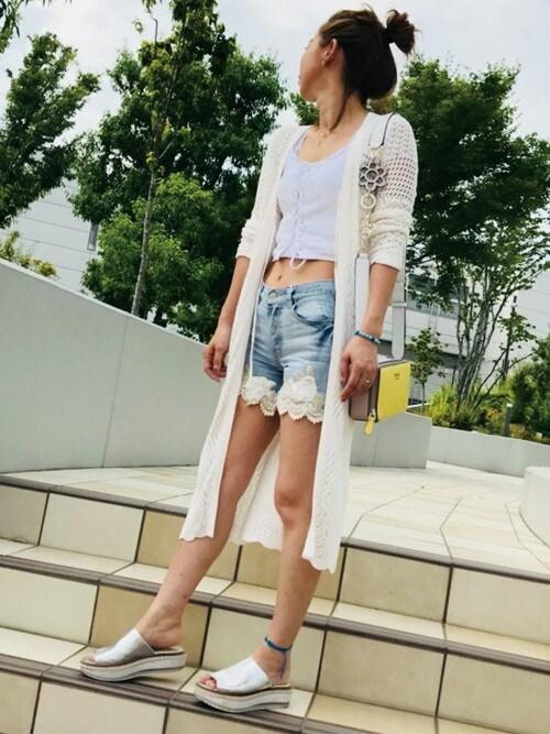 GUESS JAPANGUESS JAPANさんのカーディガン/ボレロ「JANE CROCHET COVERUP(Guess ゲス)」を使ったコーディネート