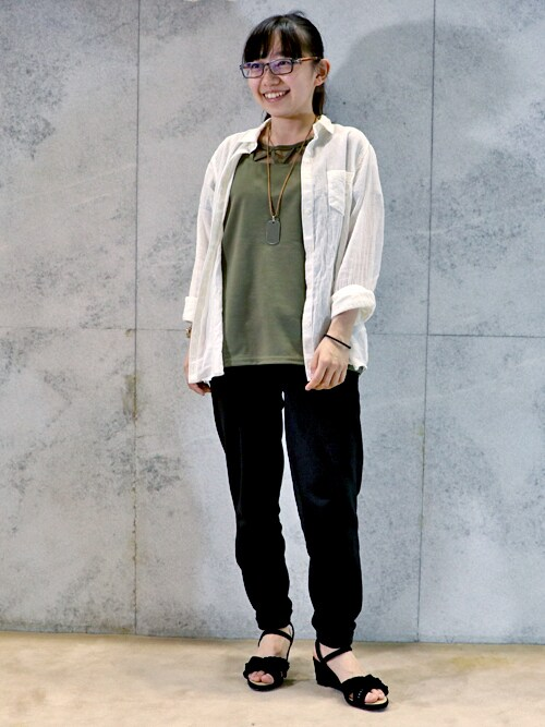 神戸ファッション専門学校Chouette(kfi)さんのサンダル「フリル ウエッジ サンダル【 クロールバリエ / COULEURVARIE 】(COULEURVARIE|クロールバリエ)」を使ったコーディネート