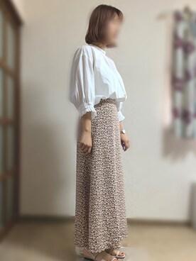 0871a96af7c シャツ・ブラウスを使った「柄スカート」のレディースコーディネート一覧(ユーザー:その他ユーザー) - WEAR