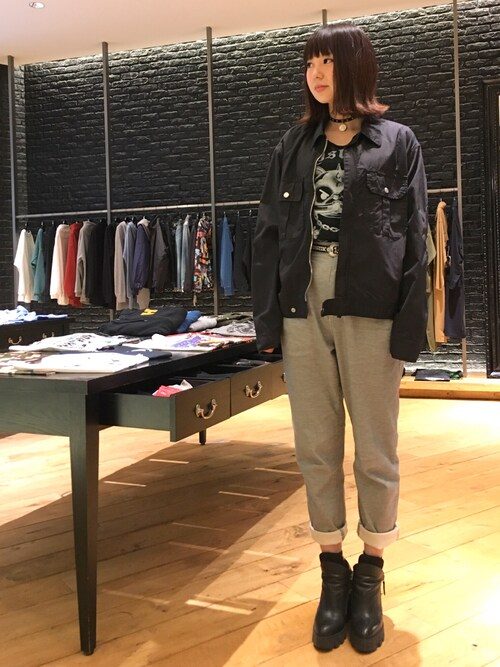 HYSTERIC GLAMOURなんばパークス店SAEさんのネックレス「CIRCLE WOMAN チャームチョーカー(HYSTERIC GLAMOUR|ヒステリックグラマー)」を使ったコーディネート