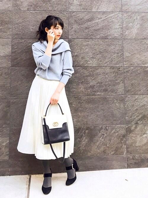#春らしい透け感の「プリーツスカート」