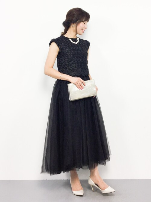 ZOZOTOWNRINAさんのドレス「チュール刺繍ブラウス&オーガンジーボリュームスカートのセットアップウェディングドレス(GIRL|ガール)」を使ったコーディネート
