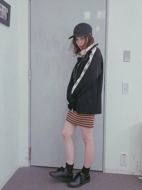前田希美さんのワンピース「MULTI BORDER HG OP(SLY|スライ)」を使ったコーディネート