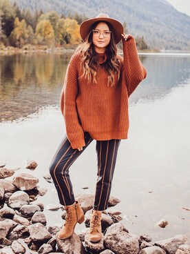 "Bethany Marie is wearing FREE PEOPLE ""Free People Eleven Turtleneck Sweater"""