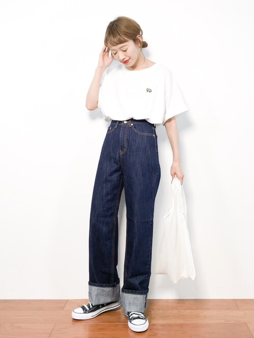 ZOZOTOWNりっぴーさんのTシャツ/カットソー「【WEB別注】TANUKI刺繍 BIGTシャツ(PAR ICI|パーリッシィ)」を使ったコーディネート