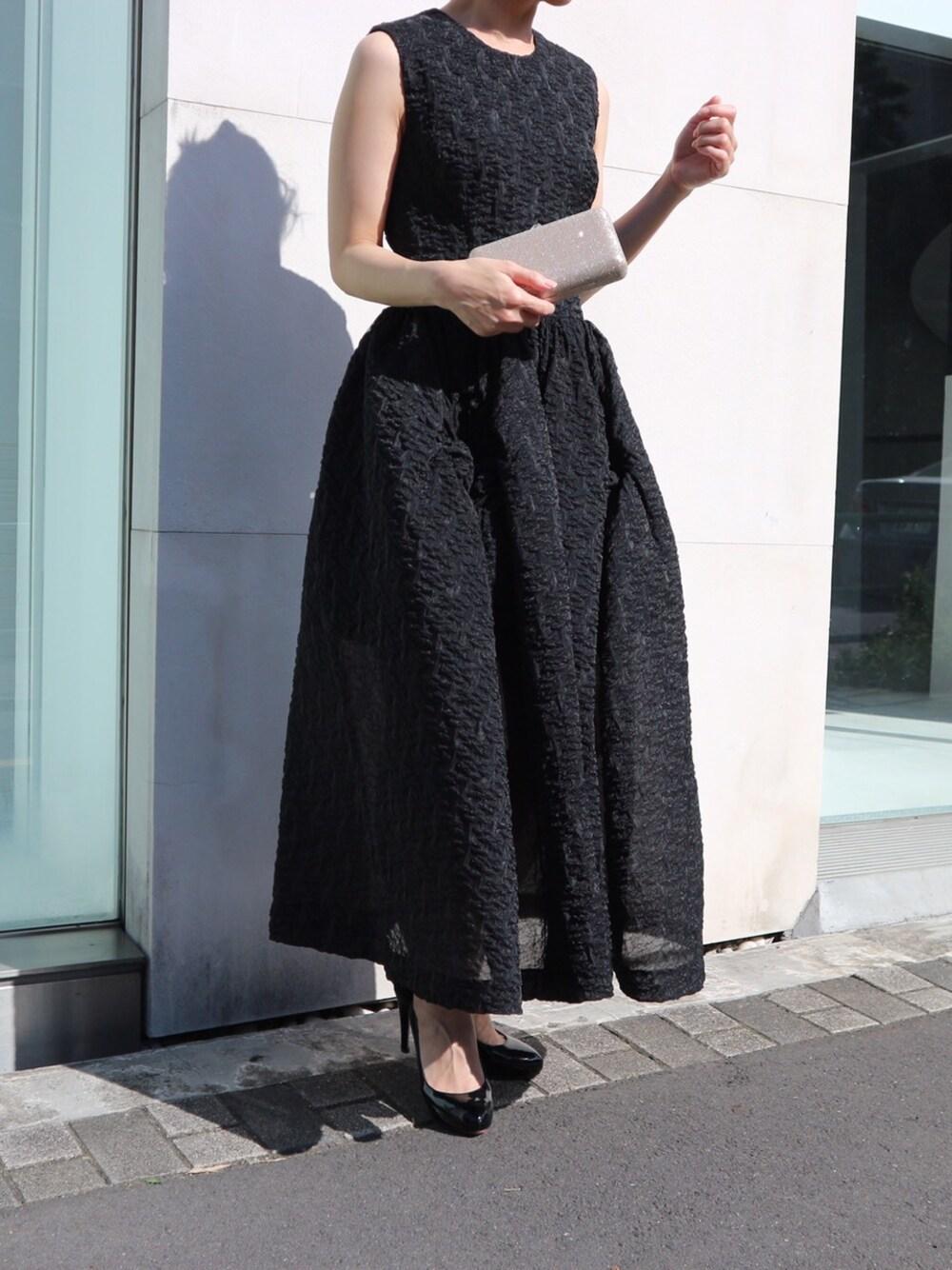 https://wear.jp/thedress/10103510/