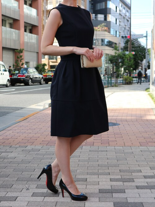 THEDRESSさんの「FOXEY NY(フォクシーニューヨーク)  ノースリーブコクーンドレス(FOXEY NEW YORK)」を使ったコーディネート