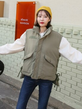 b7ee25d7eb211 ダウンベストを使った「韓国ブランド」のレディースコーディネート一覧 - WEAR