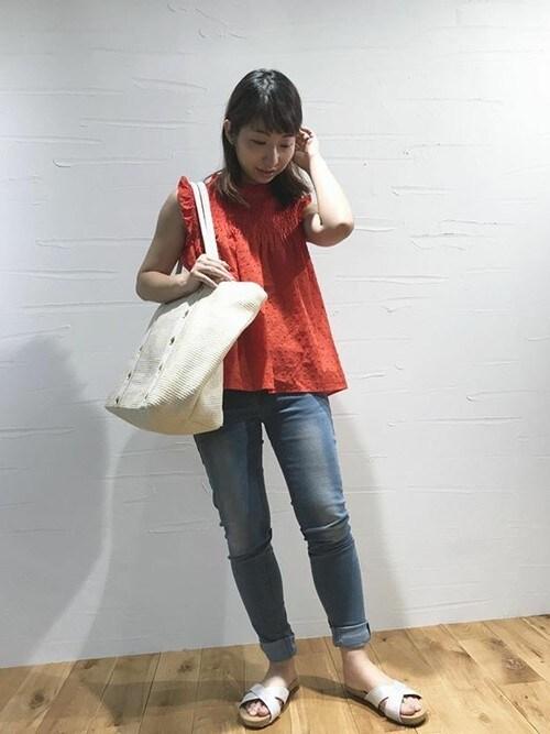KOBE LETTUCE本部神戸レタスさんのシャツ/ブラウス「シャーリングデザインカットドビーノースリーブブラウス*レディース/トップス[C3394]神戸レタス(KOBE LETTUCE|コウベレタス)」を使ったコーディネート