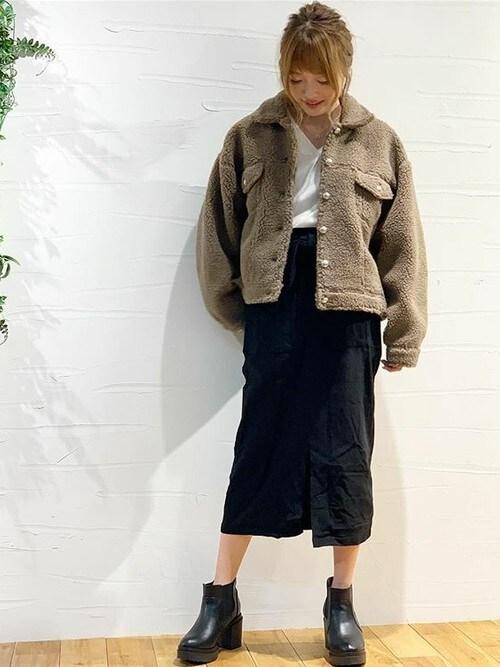 KOBE LETTUCE本部神戸レタスさんのスカート「170%の伸縮率でストレスフリー♪選べる2丈[ミディアム/ロング]ウエストリボン付きストレッチタイトスカート*ボトムス/レディース/ミディ丈[M2207]神戸レタス(KOBE LETTUCE|コウベレタス)」を使ったコーディネート