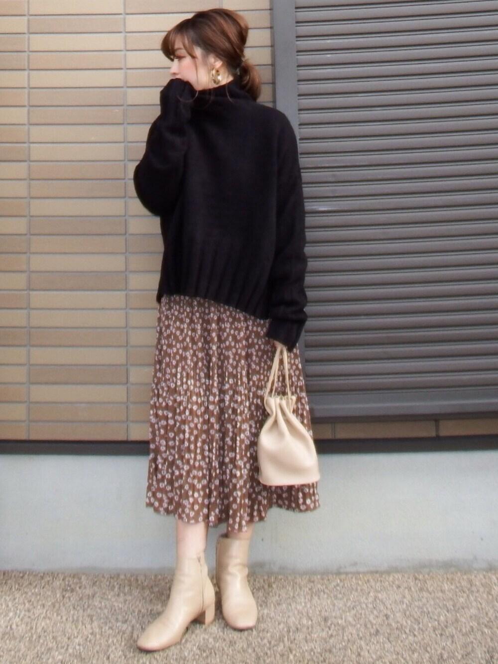 https://wear.jp/miho373/16121069/