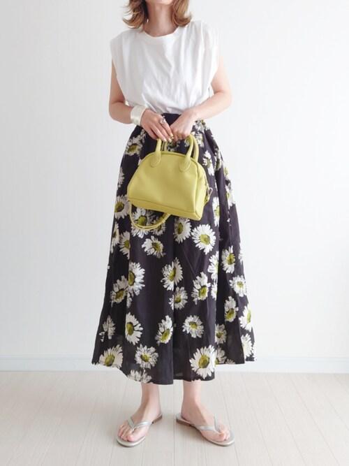 40代 花柄スカート Tシャツ おしゃれ