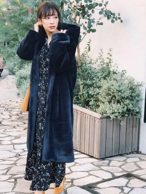 瀬戸晴加さんの「ファーコート(FEMIND TOKYO)」を使ったコーディネート