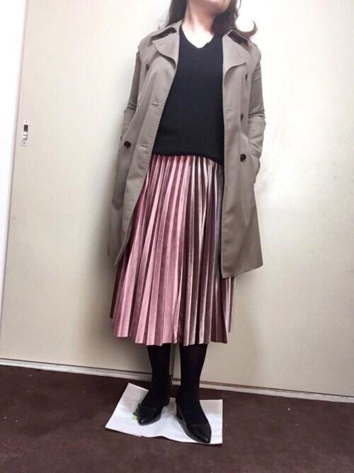 リンりんさんの「艶シンプルの光沢あるプリーツスカート(cawaii)」を使ったコーディネート