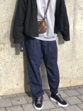 2b5ef6f245fb LOUIS VUITTON(ルイヴィトン)のショルダーバッグを使ったメンズコーディネート一覧(季節:12月~2月) - WEAR