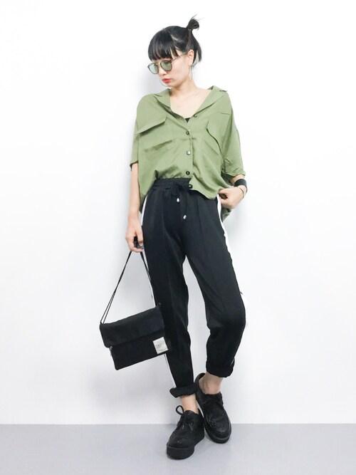 ZOZOTOWNCOLLENTE(yuco)さんのシャツ/ブラウス「オープンカラーシャツ(PAGEBOY ページボーイ)」を使ったコーディネート