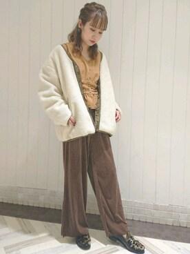 wclosetルミネ池袋店|Iori Hideshimaさんの「スリット入りベロアパンツ(w closet|ダブルクローゼット)」を使ったコーディネート