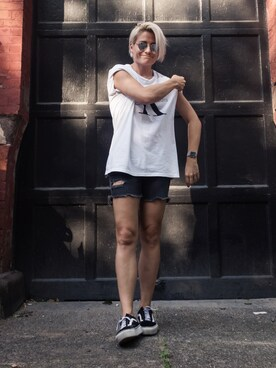 "lindseythoeng is wearing VANS ""Men's Vans 'Old Skool' Sneaker"""