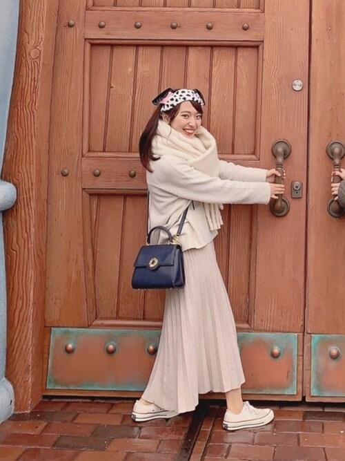 YARD PLUS イオンモール岡山店mさんのマフラー/ショール「AUNT MARIE'S ボリュームマフラー(Aunt Marie's|アントマリーズ)」を使ったコーディネート