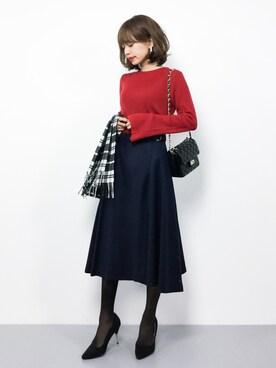 赤ニットとスカートのコーデ7選 赤ニットの魅力と相性の合う色
