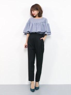 女性のビジネスカジュアル王道コーデ6:カットソー×パンツ