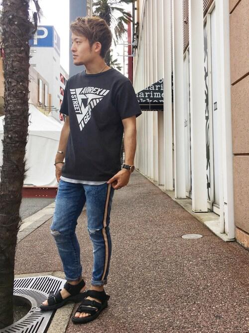 AVIREX 新潟SHOさんのTシャツ/カットソー「AVIREX/アヴィレックス/ 半袖 アヴィレックス ストリートギア Tシャツ/ S/S AVIREX STREET GEAR T-SHIRT 【AVIREX STREET GEAR】(AVIREX アヴィレックス)」を使ったコーディネート
