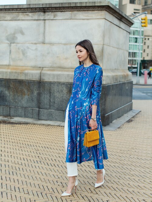Yulia F. Kirpalani is wearing BALENCIAGA