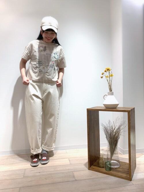 haupia新宿ミロード店haupia新宿ミロード店さんのシャツ/ブラウス「ぼくのわたしの好きなものブラウス(haupia|ハウピア)」を使ったコーディネート