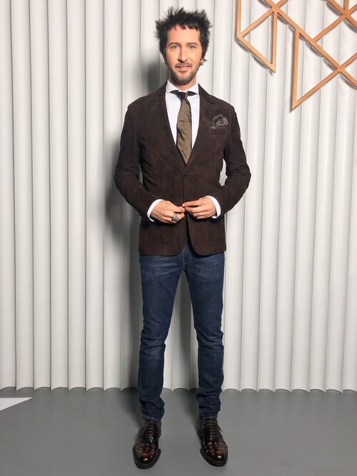 Arlindo Grund is wearing Ermenegildo Zegna