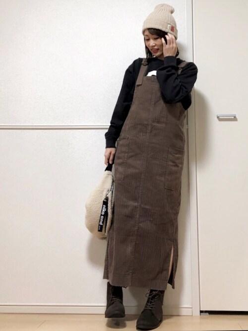 高野軍曹さんのブーツ「軽量ソール&ローヒールレースアップショートブーツ(Vivian|ヴィヴィアン)」を使ったコーディネート