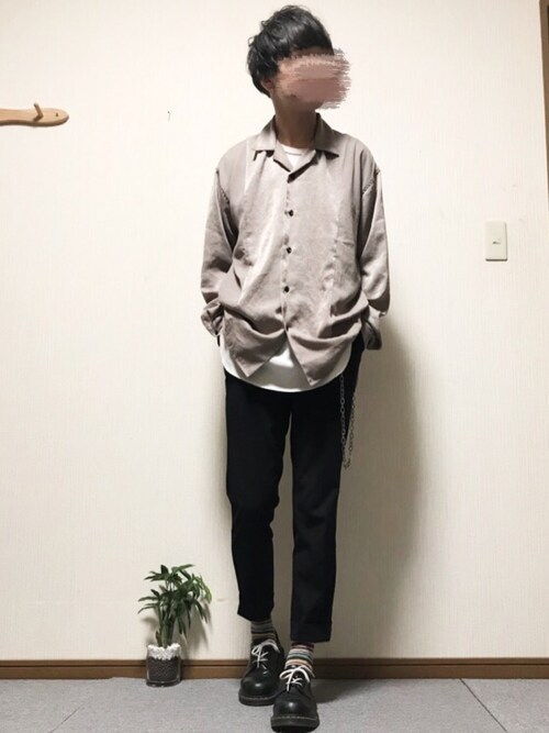 ししょー����さんのスラックス「【STUDIOUS】JAPAN MADE ハイパフォームスリムテーパードセットアップスラックス【ZOZO限定アイテム】(STUDIOUS|ステュディオス)」を使ったコーディネート