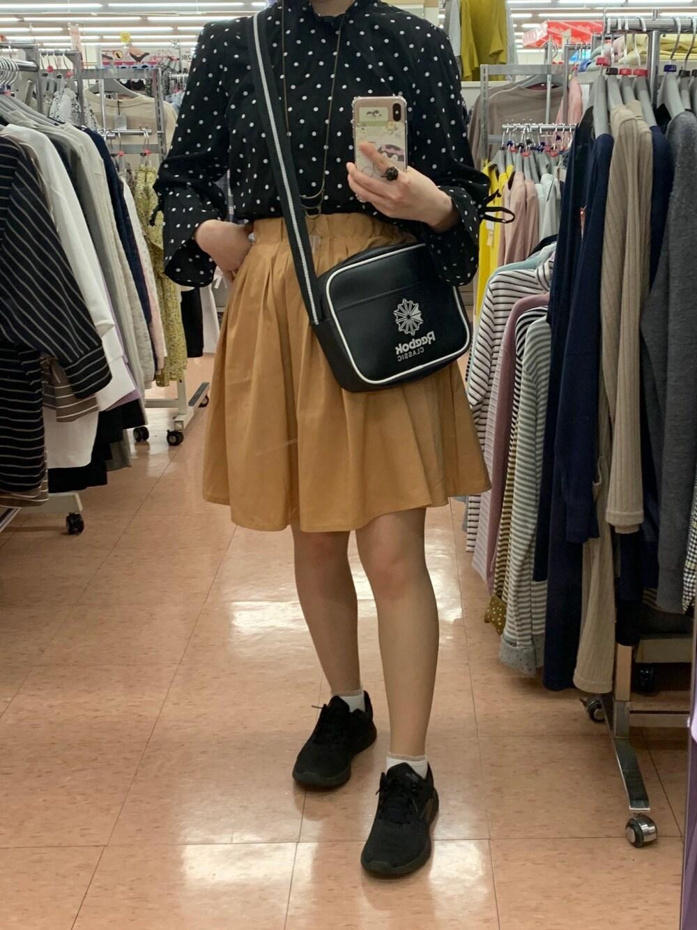 https://wear.jp/ilh21/16711517/