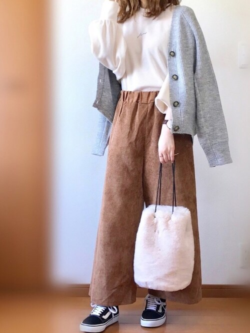 TOM☺︎さんのTシャツ/カットソー「ちびロゴ刺繍入りワッフルロンT(natural couture|ナチュラルクチュール)」を使ったコーディネート