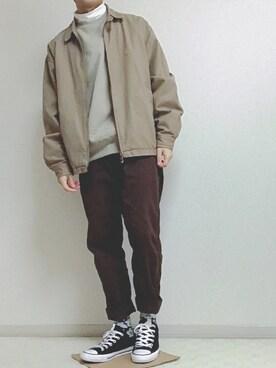 茶色 パンツ コーデ メンズ