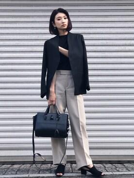 女性のビジネスカジュアル王道コーデ12:ジャケット×バッグ