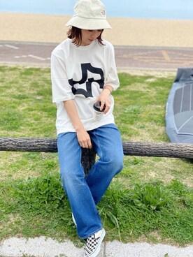 SIZUさんのTシャツ/カットソー「【JOSEPH STUDIO】ロゴ パックT ABSTRACT(JOSEPH ジョセフ)」を使ったコーディネート