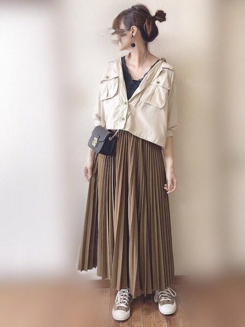 ぴょんさんの「後ろレースアップミリタリーシャツブルゾン(natural couture)」を使ったコーディネート