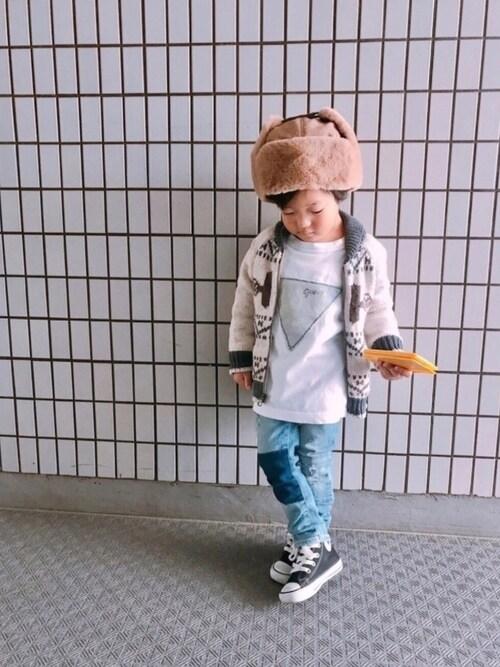 kotaroさんのスニーカー「KIDS コンバース First☆Star ハイカット KHI(CONVERSE|コンバース)」を使ったコーディネート