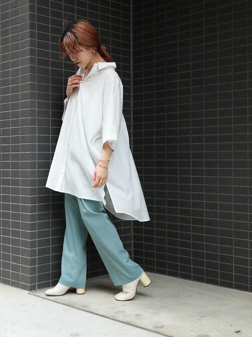 miette officialmietteさんのシャツ/ブラウス「ドルマン比翼オーバーサイズシャツ(miette|ミエット)」を使ったコーディネート