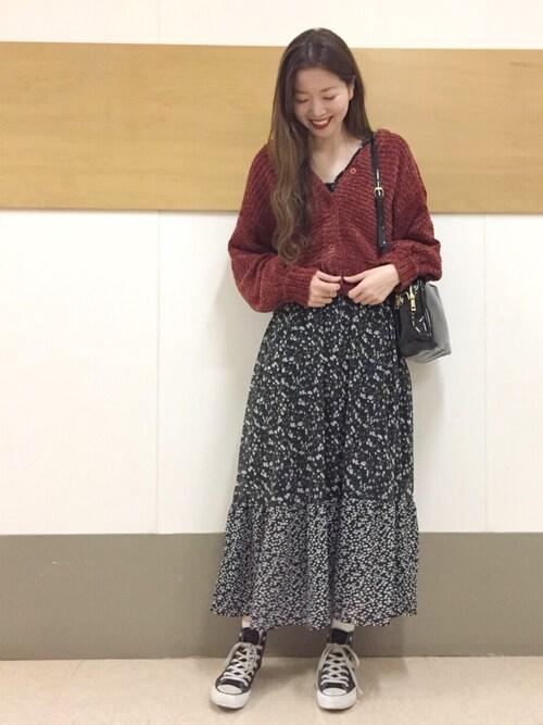 mystic LUMINE町田店tsudaさんのニット/セーター「ベロアモールカーデ(Omekashi|オメカシ)」を使ったコーディネート