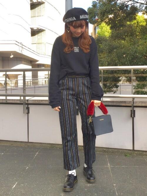 MILKFED. 名古屋佐藤 麻理さんのその他パンツ「HIGH WAISTED STRIPED PANT(MILKFED. ミルクフェド)」を使ったコーディネート
