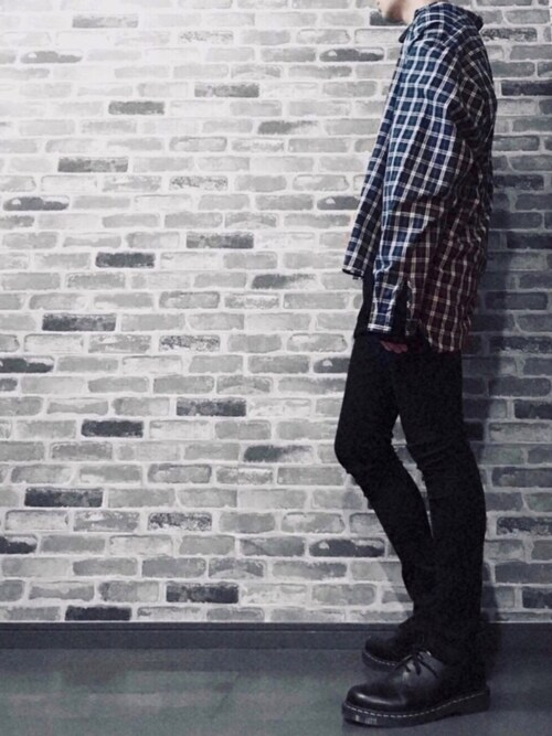シユンさんのシャツ/ブラウス「【neos -sellect design-】ルーズシルエット タータン チェック ロングスリーブ シャツ(neos|ネオス)」を使ったコーディネート